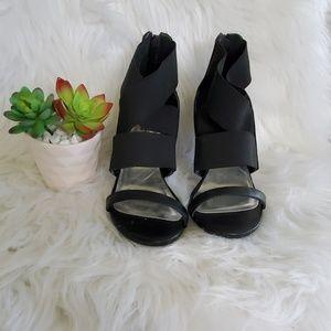 Vera Wang Black Strappy Zip Back Heeled Sandle